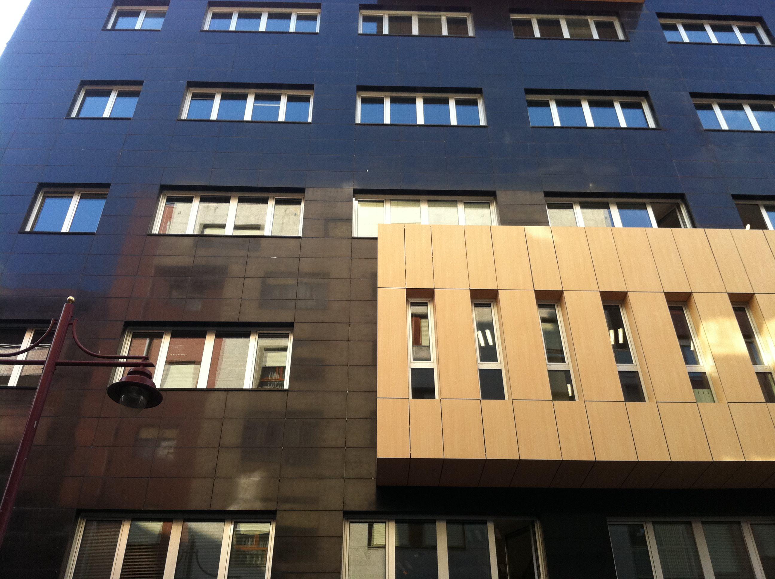 Absolute black polished basalt - facade